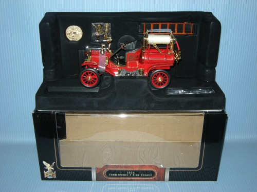 1:18 1914 FORD MODEL T FIRE ENGINE